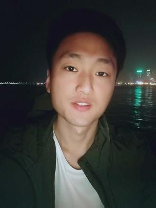 李sir资料照片_山东青岛征婚交友_珍爱网