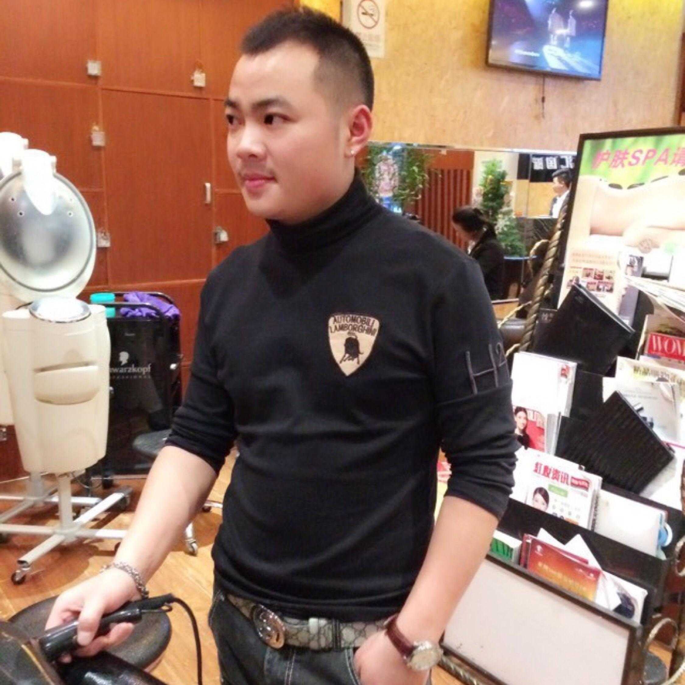 创业小青年俞龙恩