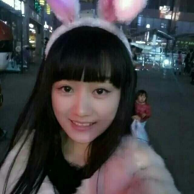 Qiu小兔牙